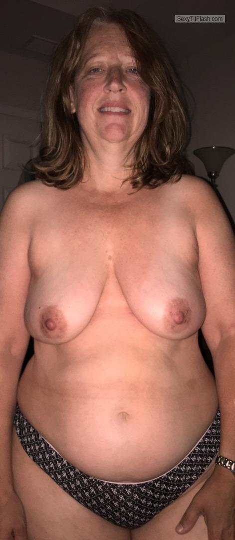 Tit Flash: My Medium Tits - Topless Bunny from France