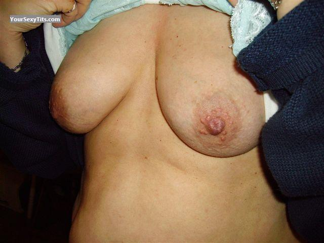 Tit Flash: Medium Tits - Anna from Germany