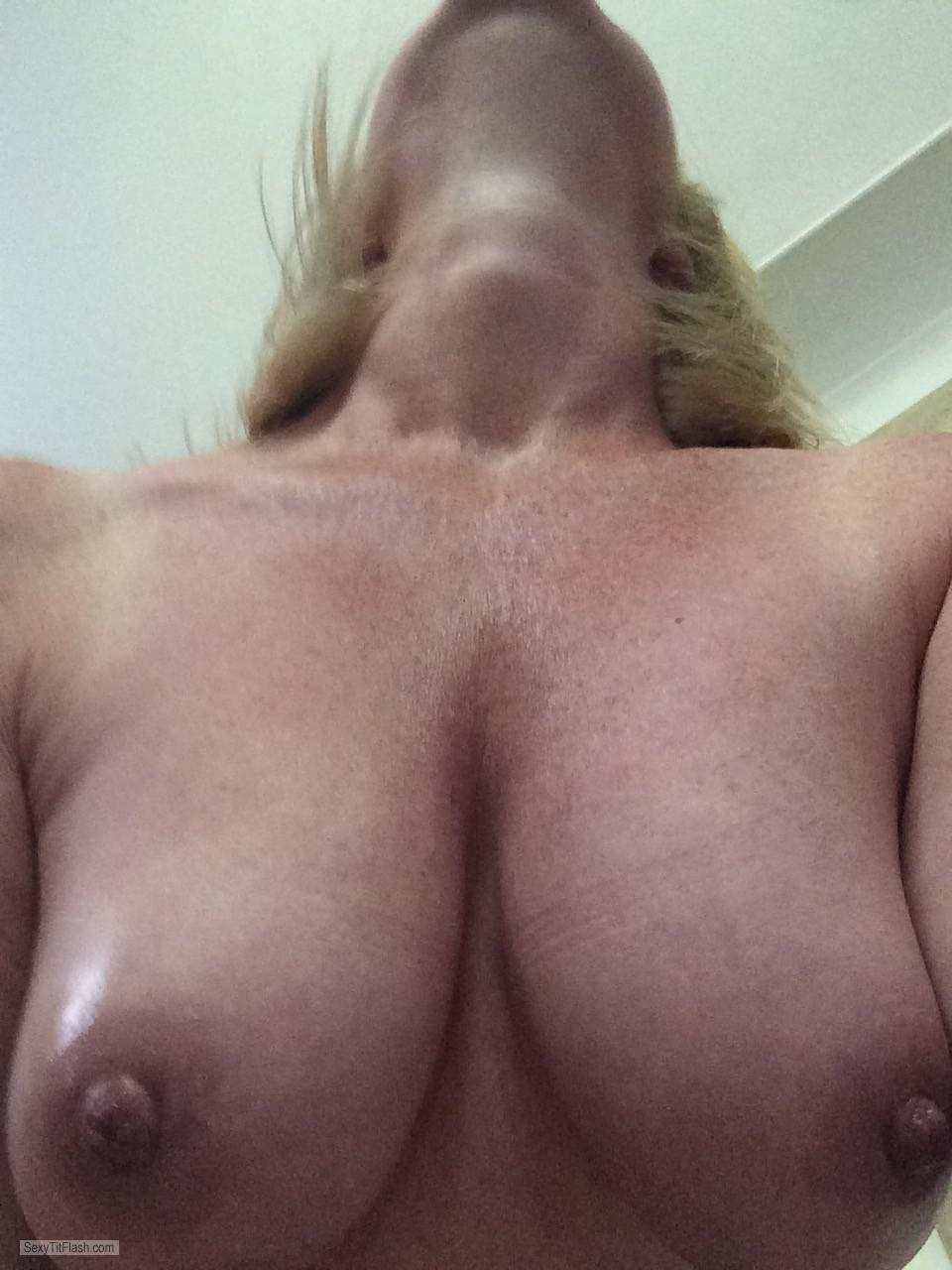 Medium Tits Of My Wife Tilfie