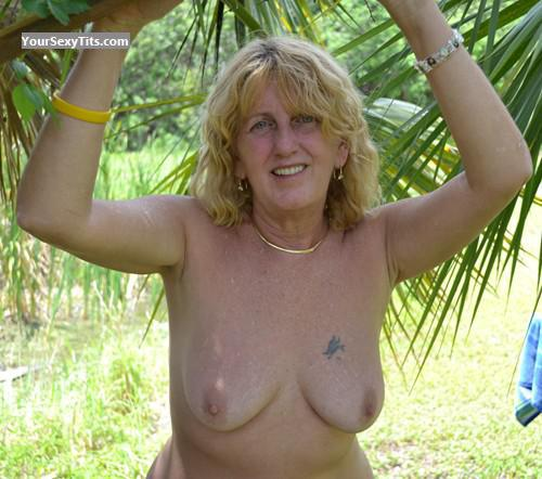 Medium Tits Topless Aggie
