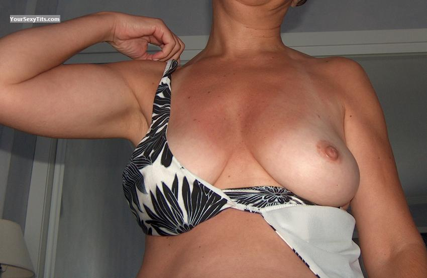 Tit Flash: Medium Tits - Eva from Spain