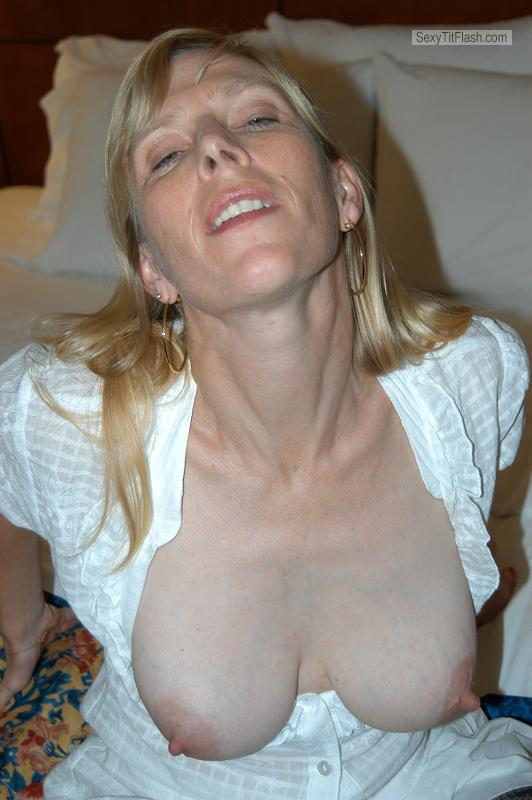 Medium Tits Of A Friend Topless Krystal