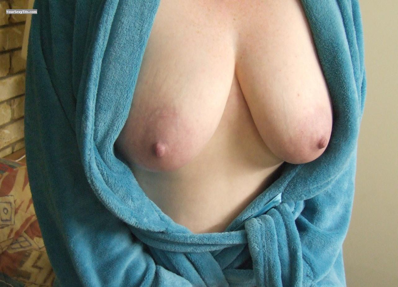 Tit Flash: Medium Tits - Emily from Australia