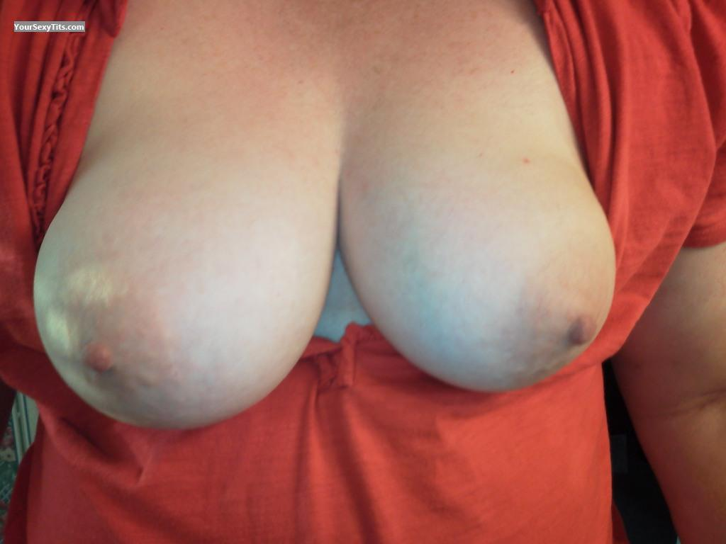 Tit Flash: Medium Tits - Shy Peaches from United States