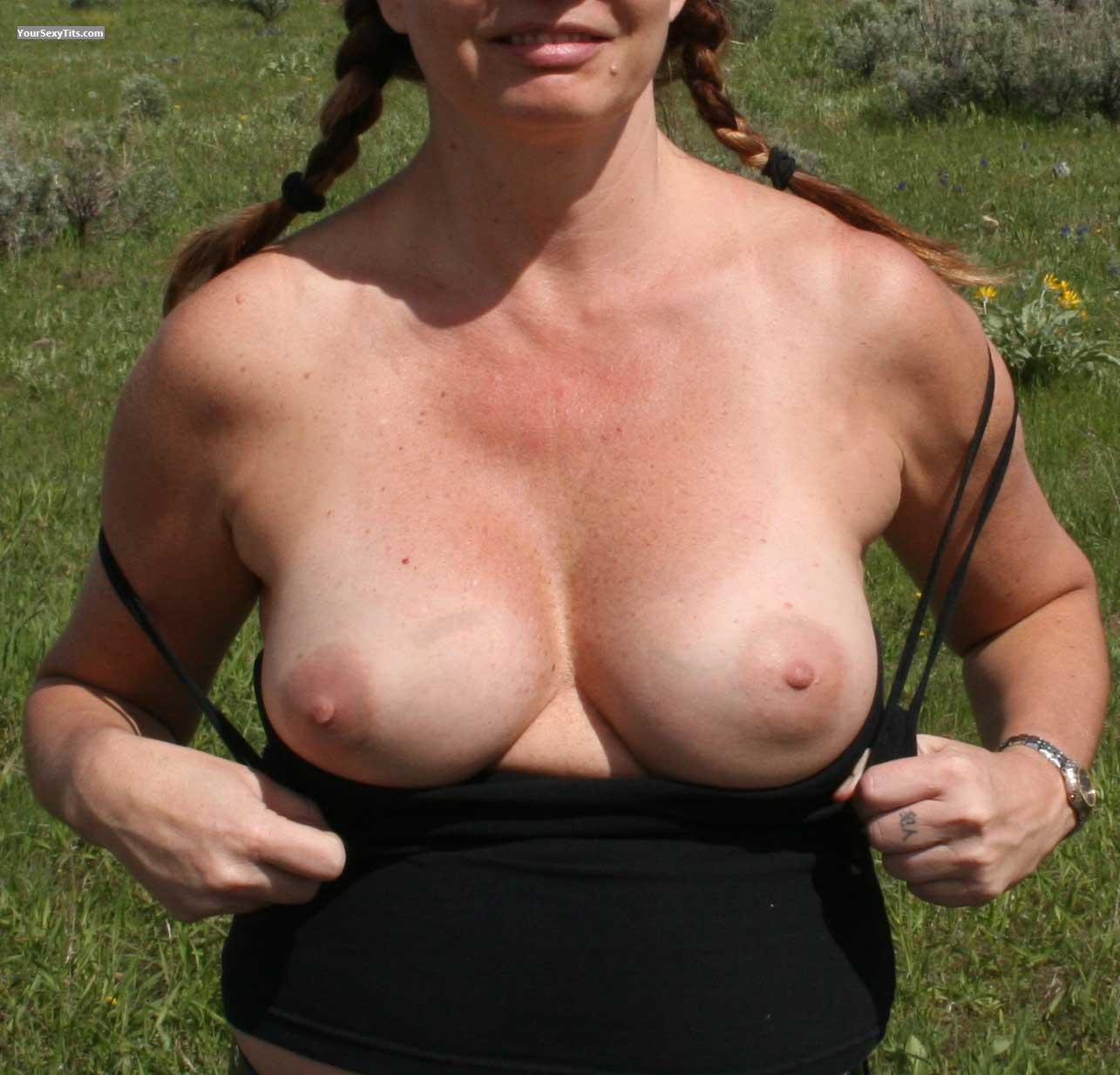 Tit Flash: Medium Tits - D from United States