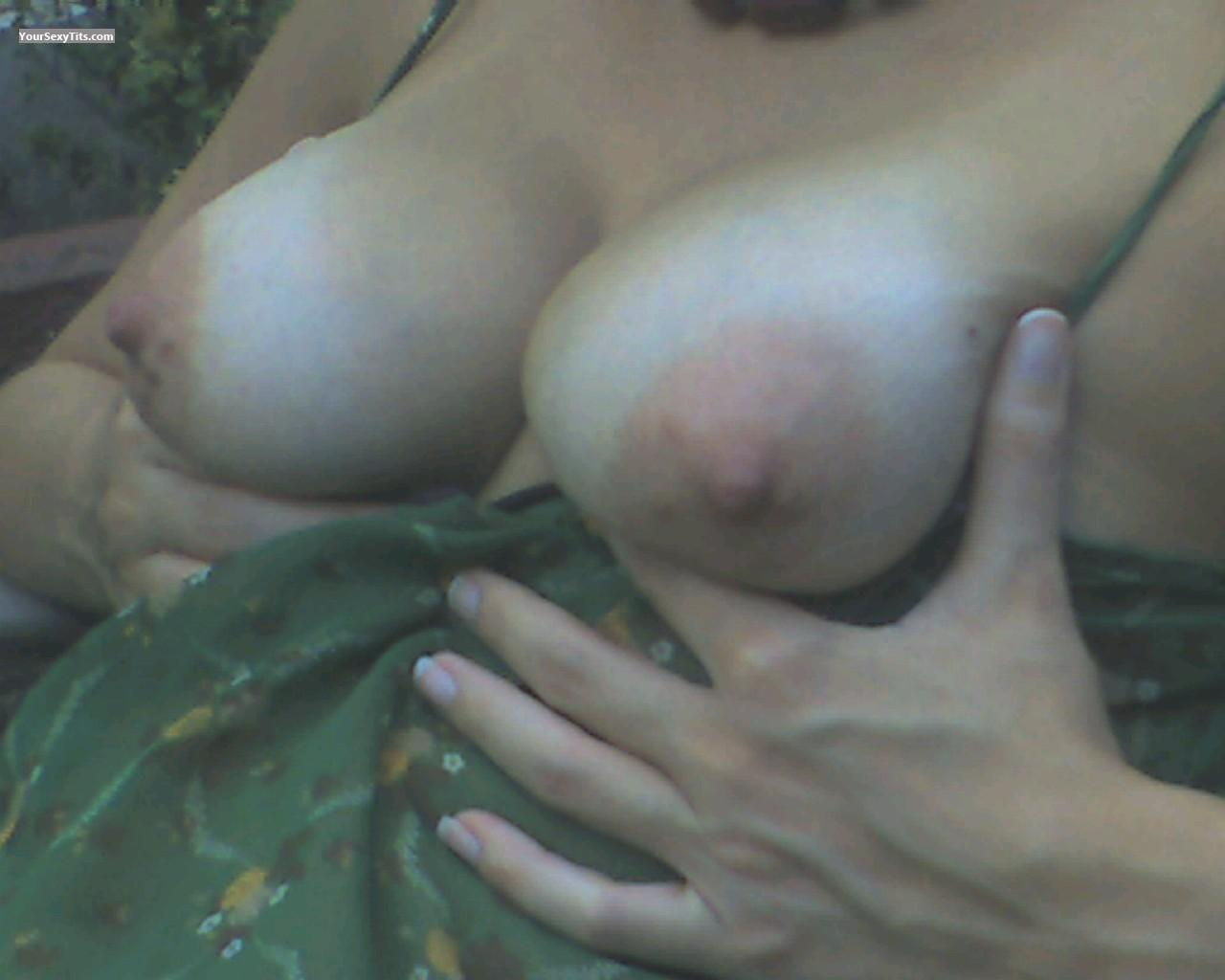 Tit Flash: Medium Tits - Tetas from Puerto Rico