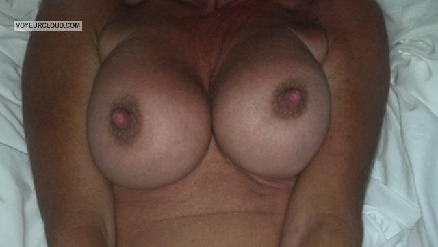 Medium Tits Of My Wife Rebel Chick