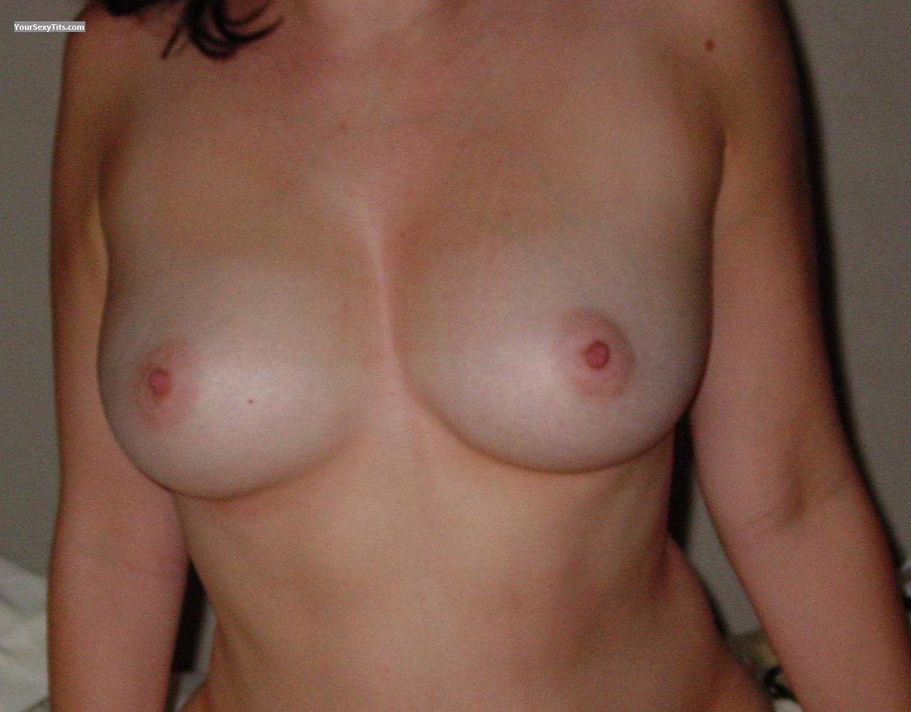 Medium Tits Of My Wife Tittygirl