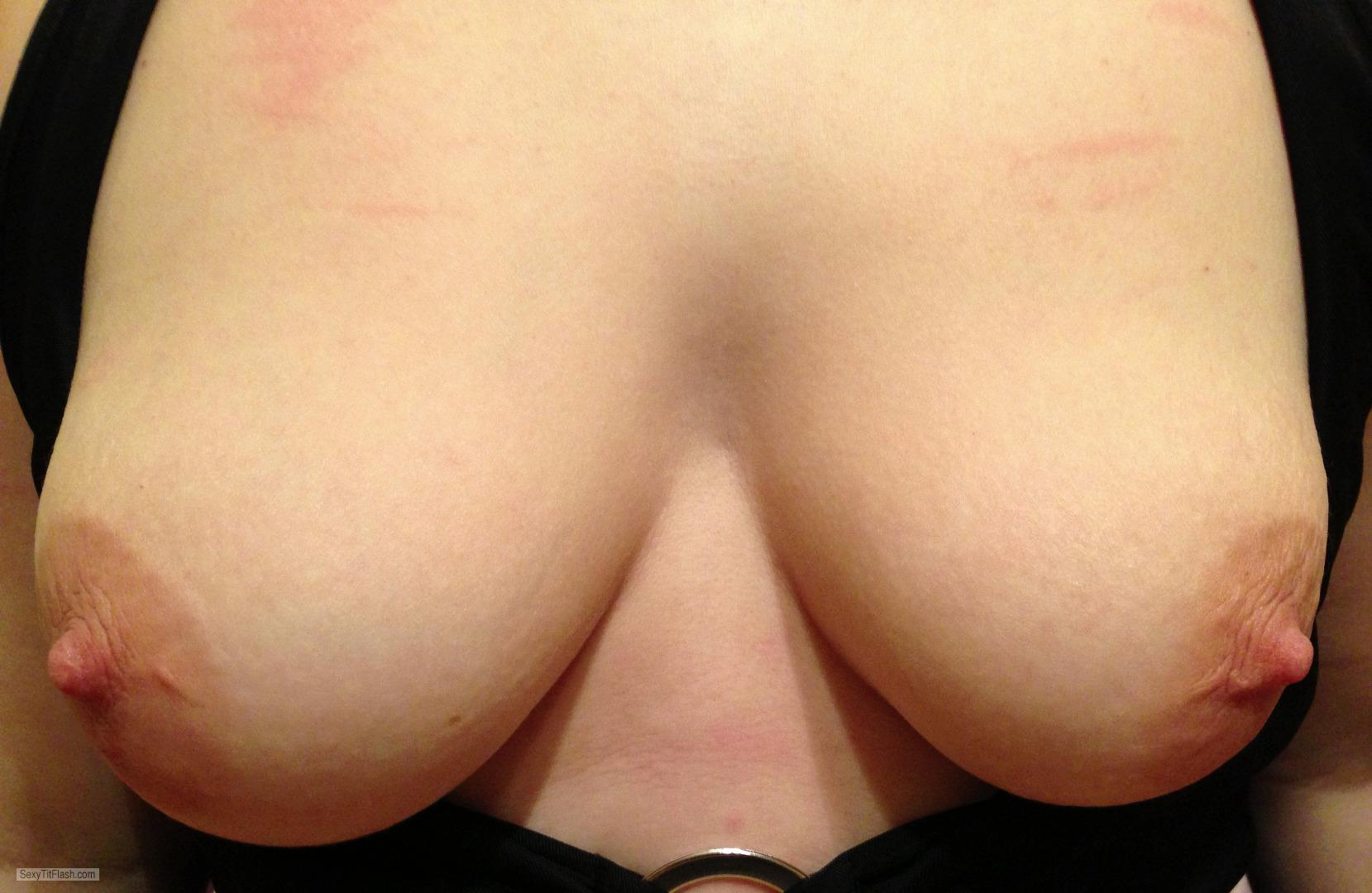 Tit Flash: My Medium Tits - Topless Iplay from United Kingdom