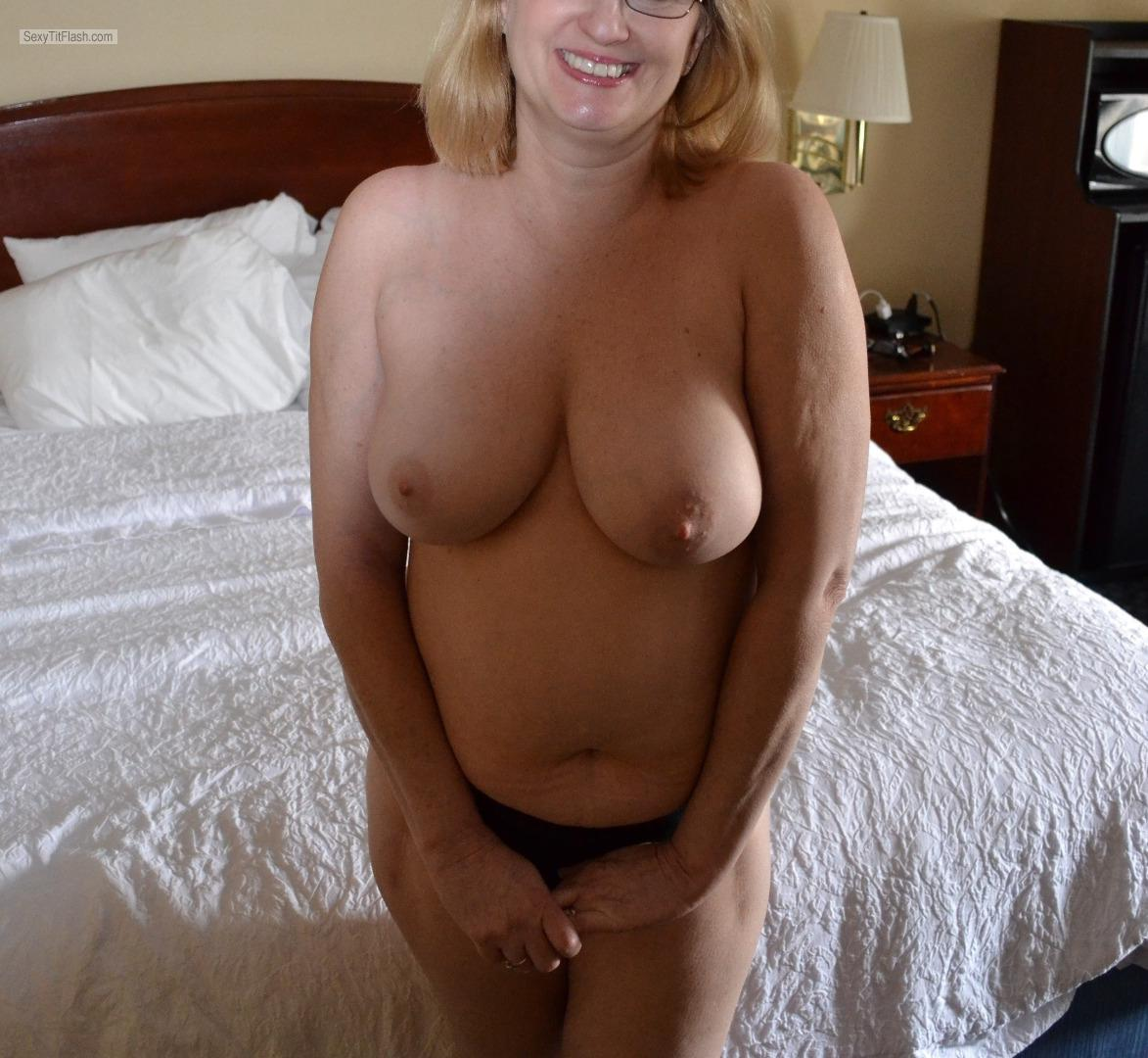 Tit Flash: My Big Tits - Sexy Sharon from United States