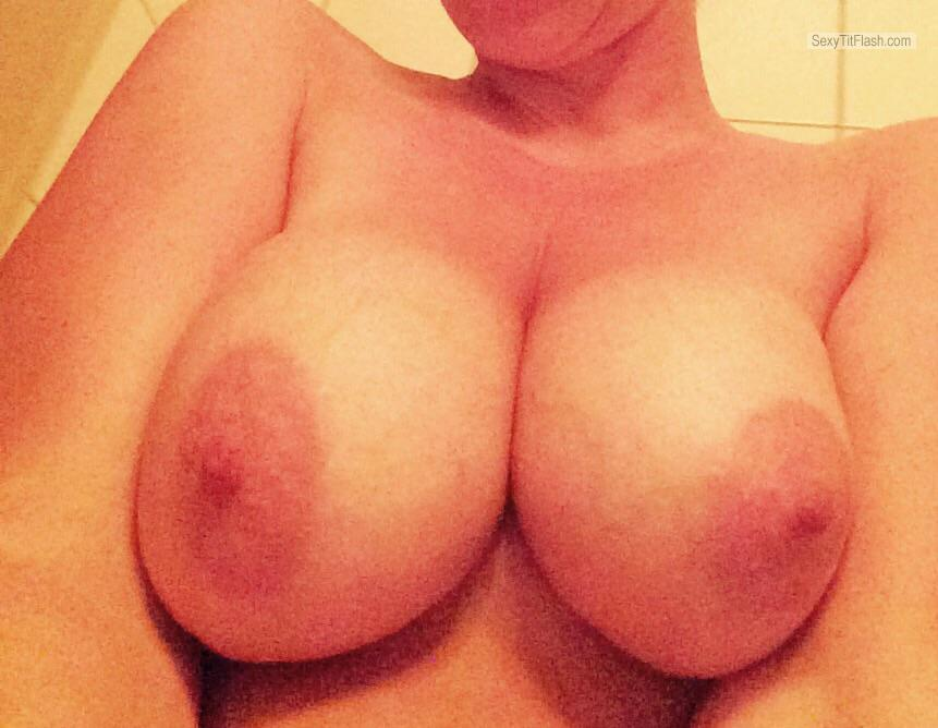 Medium Tits Of My Girlfriend Selfie by Slowrida