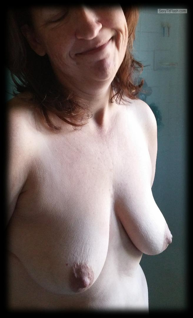 Medium Tits Of My Wife Topless FYI