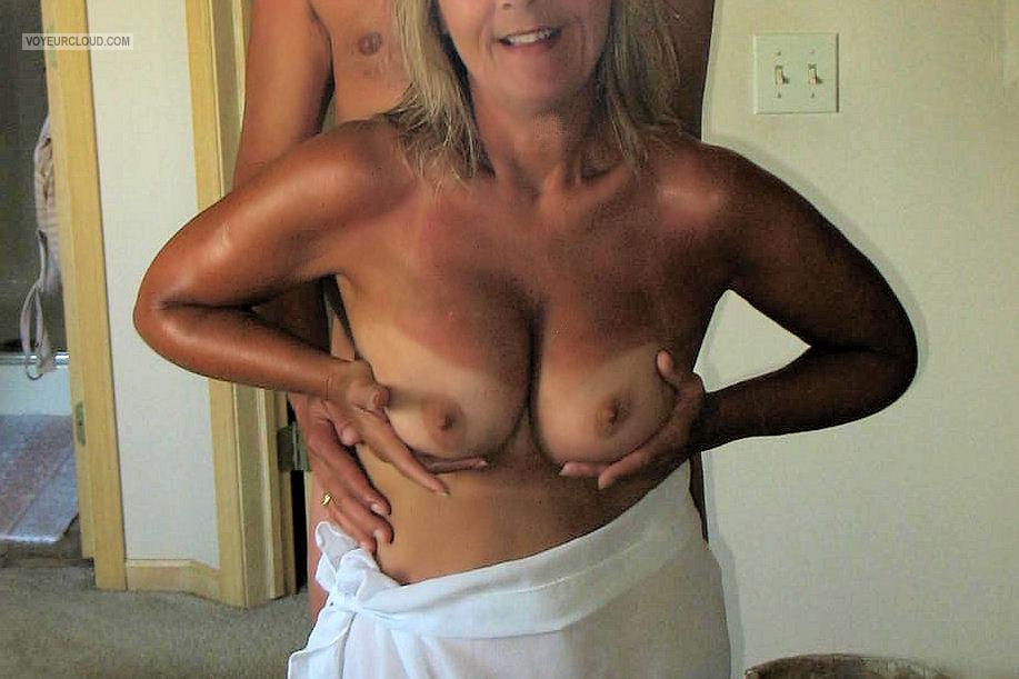 Medium Tits Of My Wife Eaton