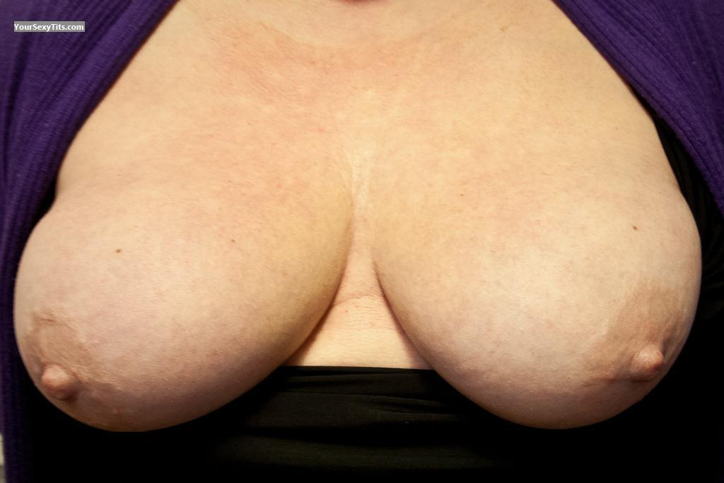 Tit Flash: Wife's Big Tits - Polly from United Kingdom