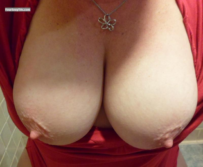Tit Flash: My Medium Tits (Selfie) - Naughty Wife from United States