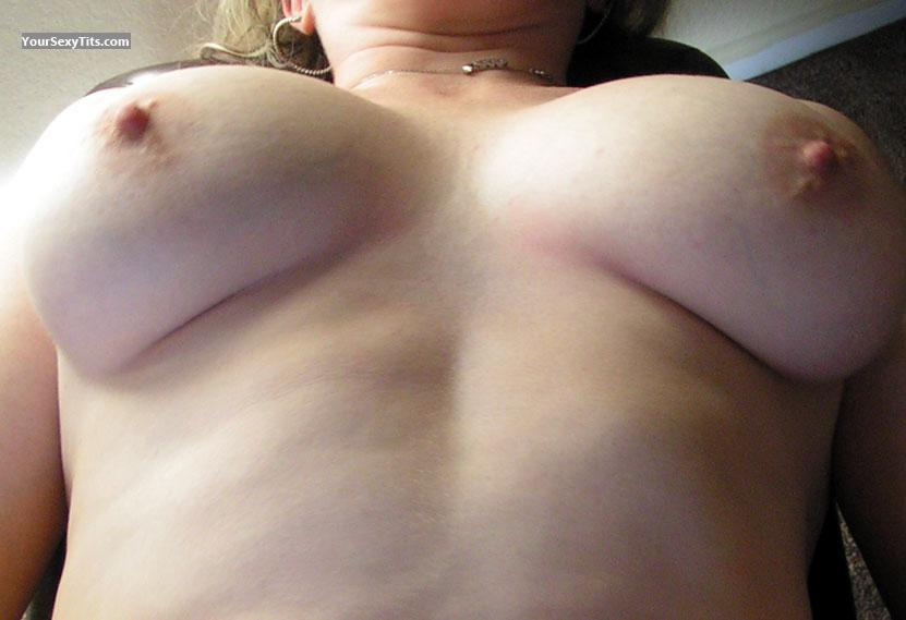 Tit Flash: My Medium Tits - Sweetcheecks from United States