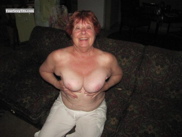 Tit Flash: Medium Tits - Topless Honey from United States