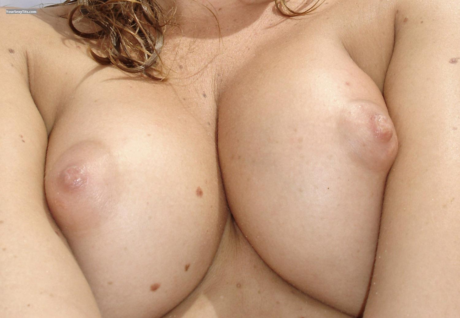 Tit Flash: My Medium Tits (Selfie) - Camel from Switzerland