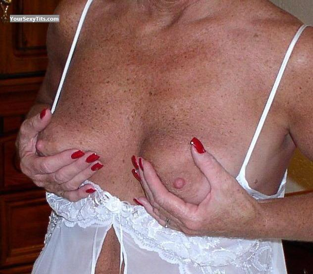 Tit Flash: Medium Tits - Sweet Old Lady from United States