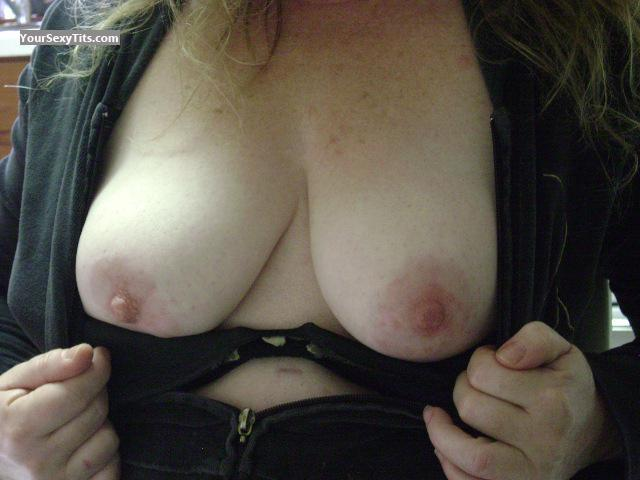 Medium Tits Of My Wife British Babe