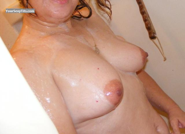 Medium Tits Stella