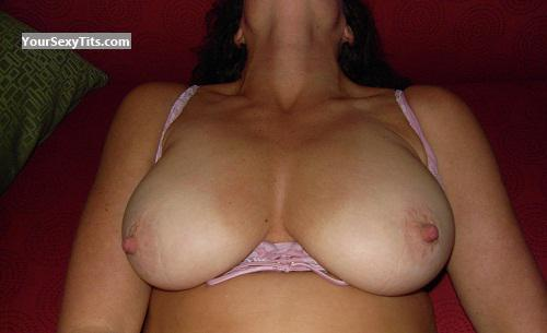 Big Tits Of My Wife Tracker
