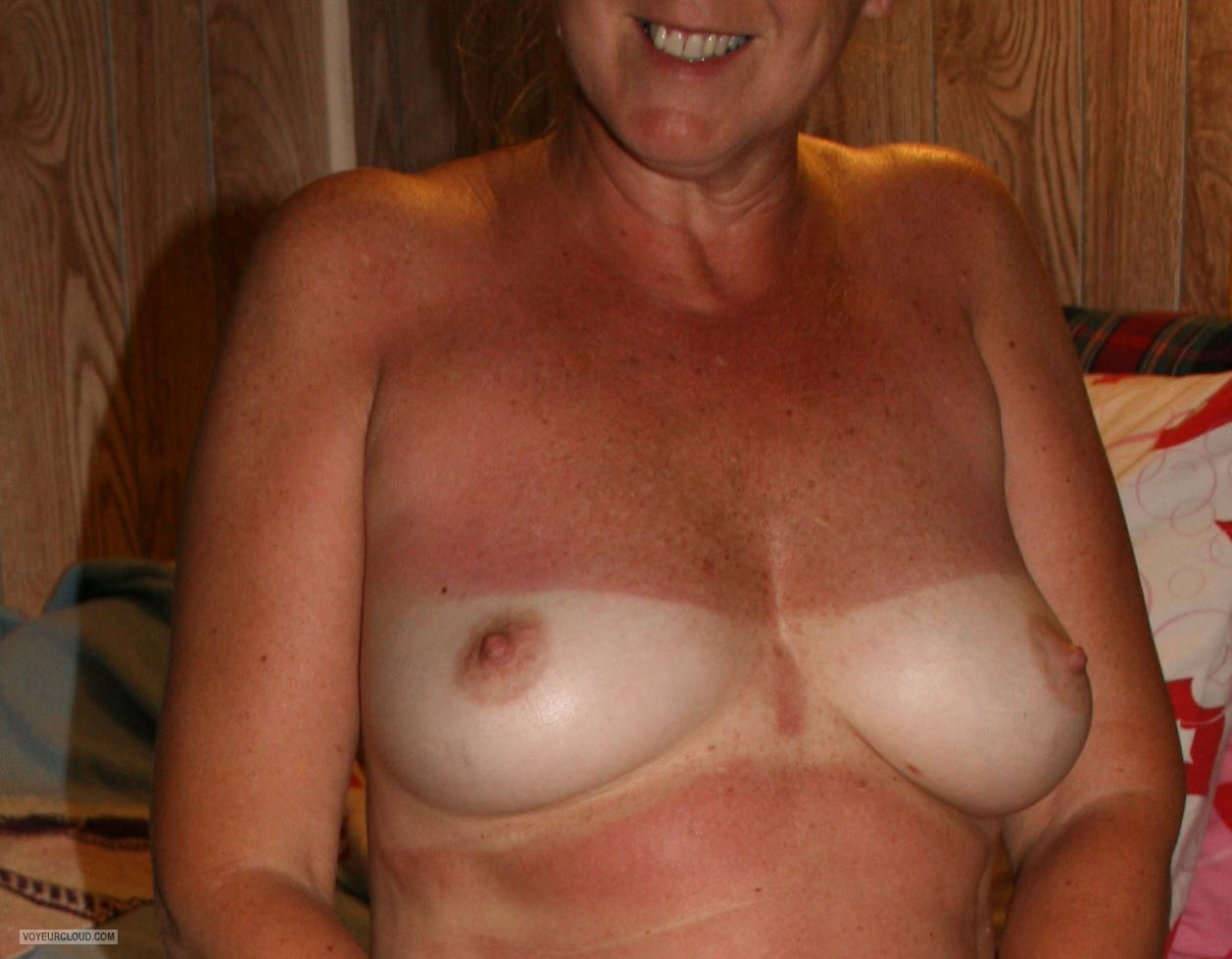 Tit Flash: Wife's Medium Tits With Very Strong Tanlines - Tracy Lynn from United States