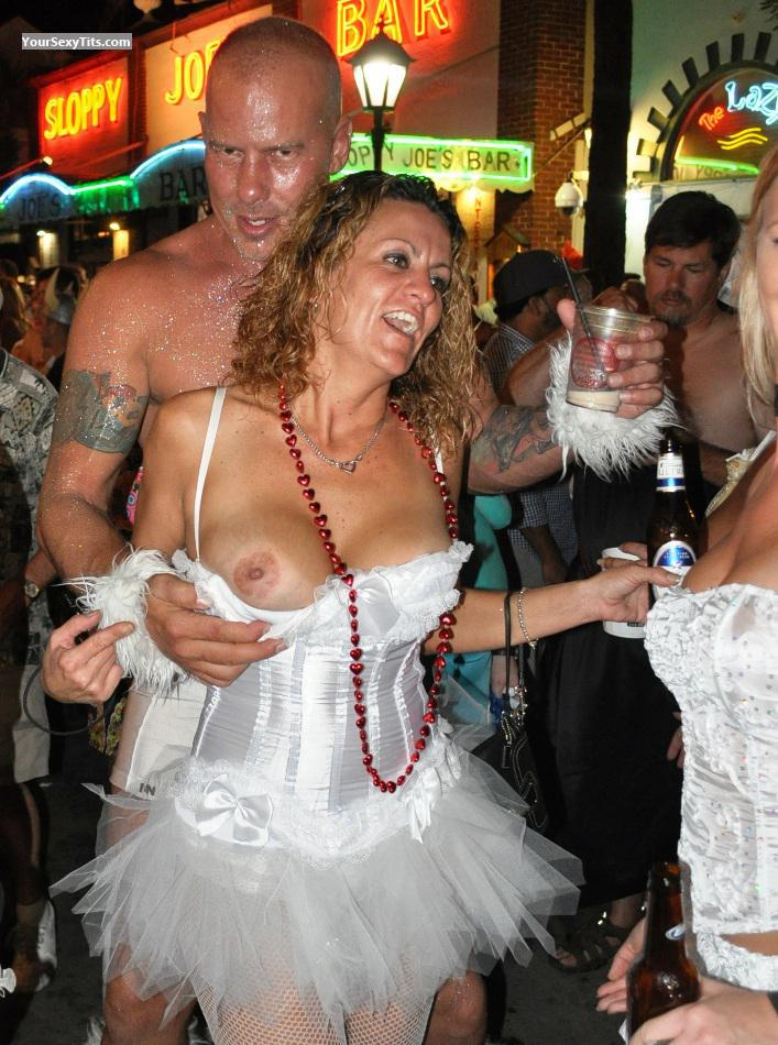 Medium Tits Of A Friend Party Girls