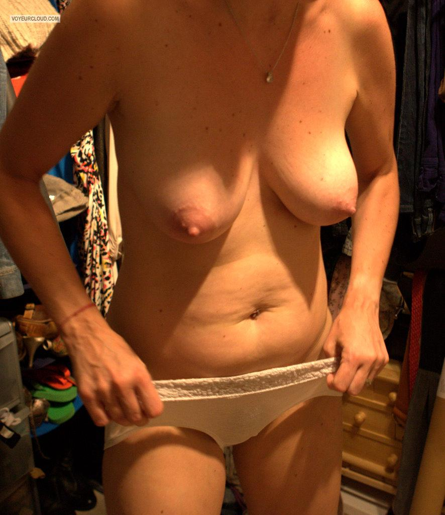 Medium Tits Of My Wife Jenny