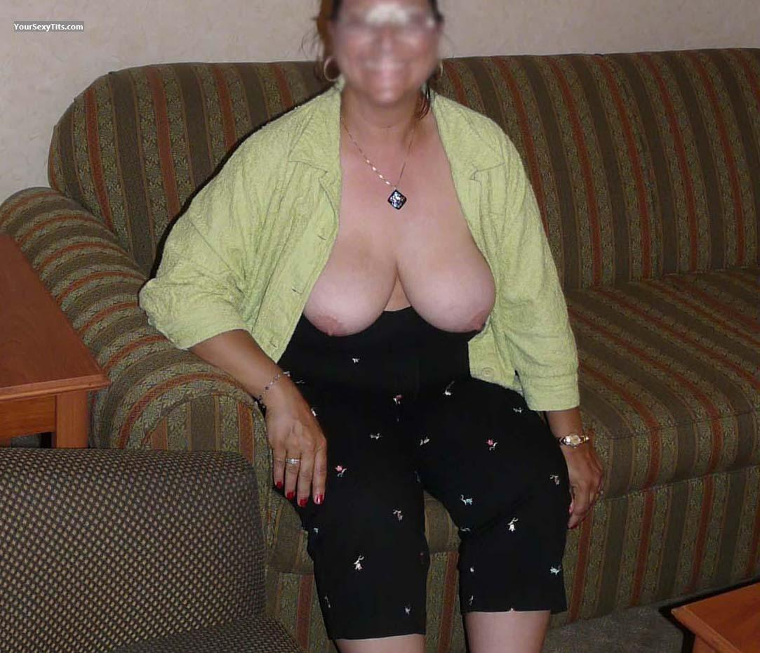 Tit Flash: Medium Tits - Happy from United States