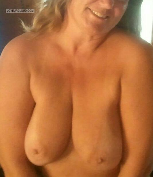 Tit Flash: My Tanlined Big Tits - Jainie from United States