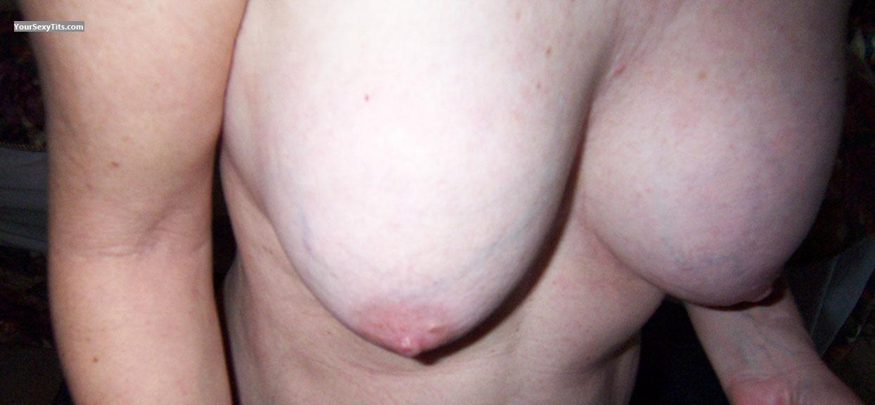 Medium Tits Of My Wife Testing Waters