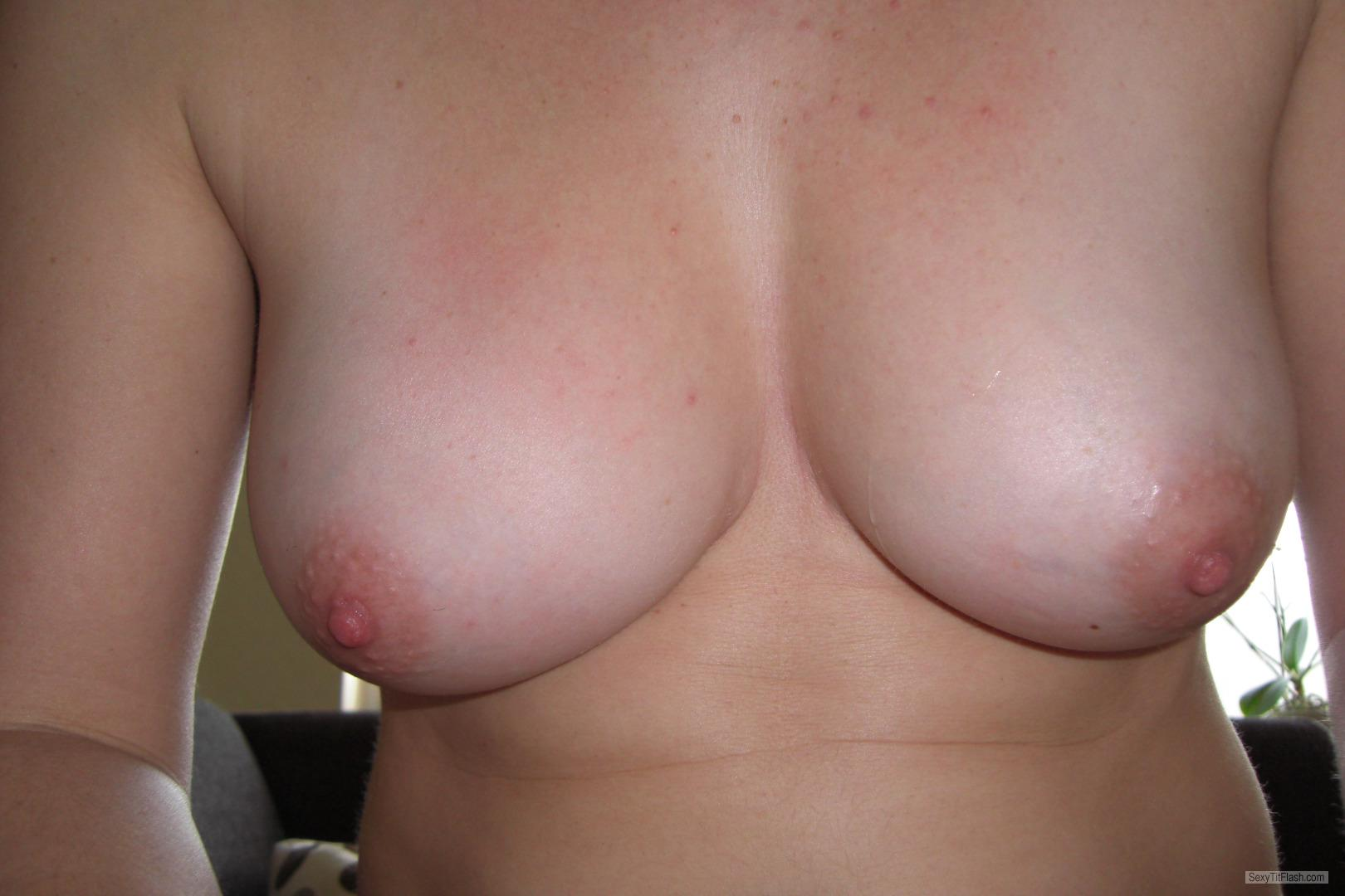 Medium Tits Of My Wife Kjsxxx