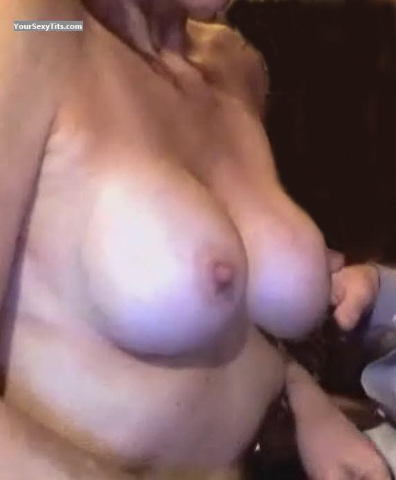Tit Flash: Medium Tits - Stavra from United States