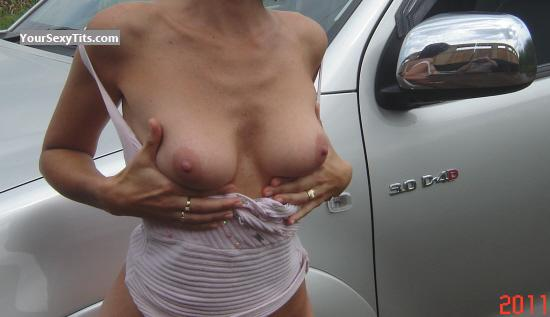 Medium Tits Rentia