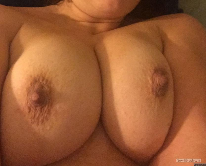 Medium Tits Of My Wife Sexymom14