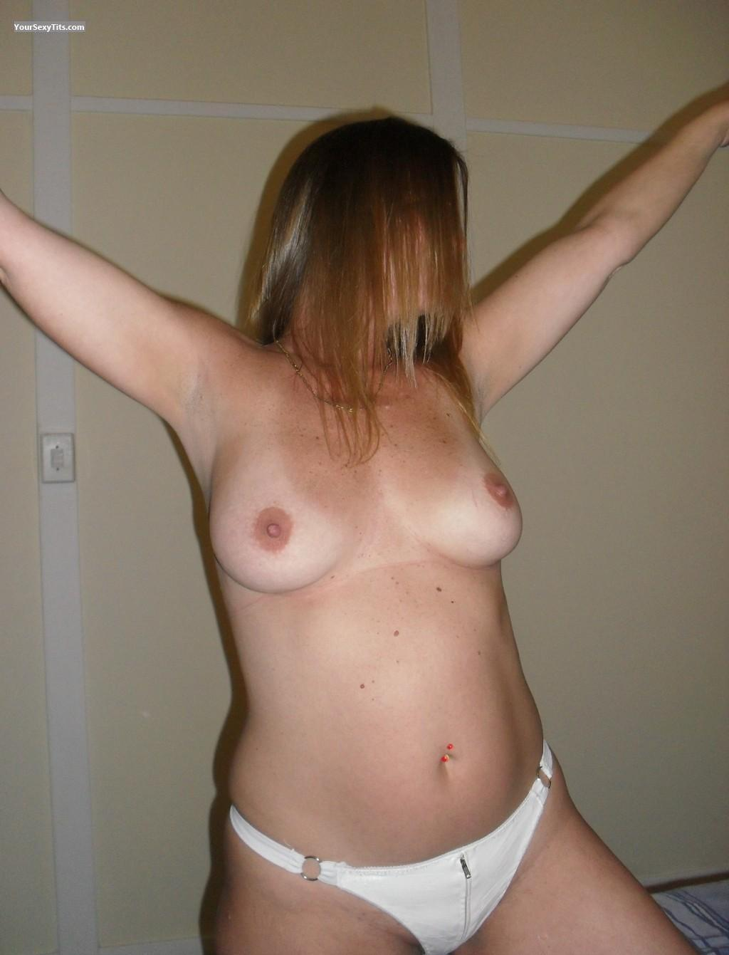 Medium Tits Niks From East London