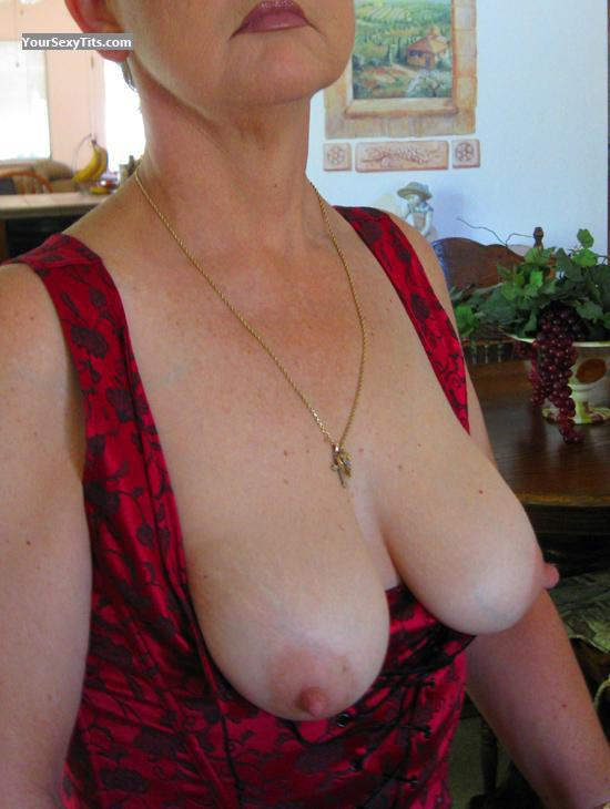 Medium Tits Pamela D