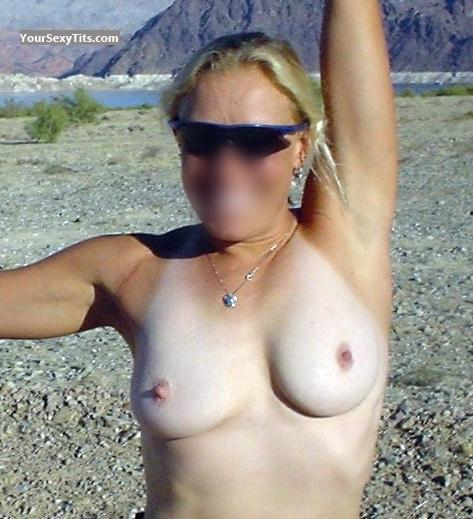 Tit Flash: Medium Tits - Hthe from United States