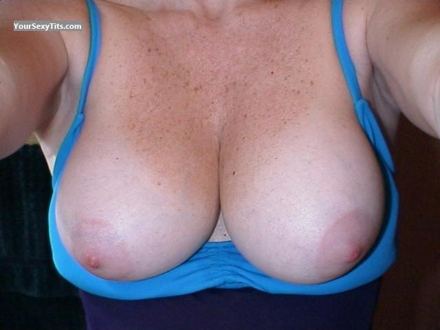 Tit Flash: Medium Tits - Curley from United States