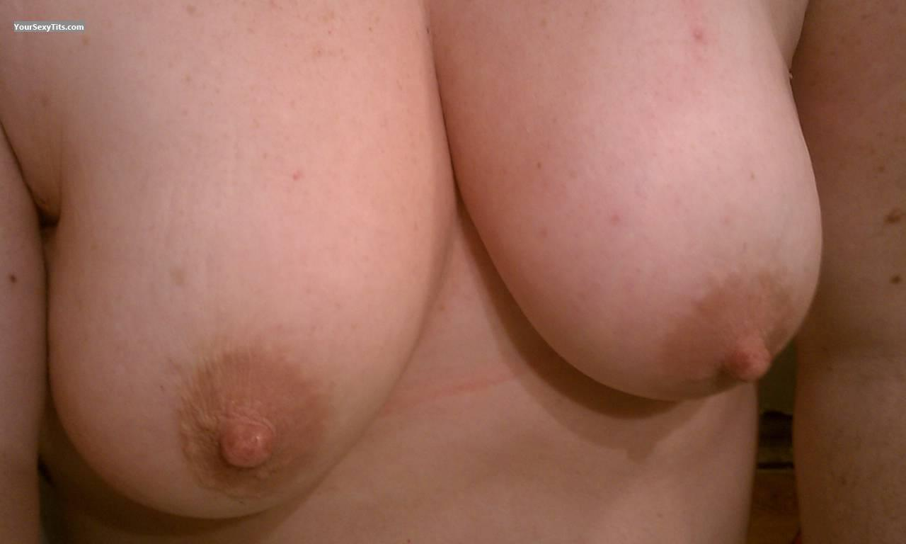Medium Tits Of My Wife Fredsgirl