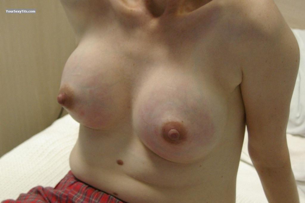 Medium Tits Of A Friend Ashleigh