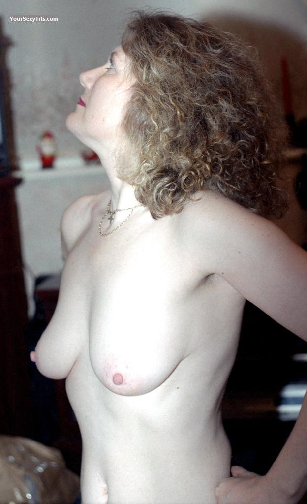 Tit Flash: Wife's Medium Tits - Topless Rusty from United States