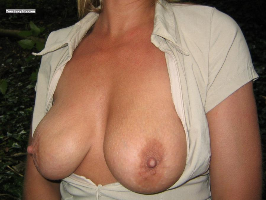 Tit Flash: Medium Tits - K... from United Kingdom