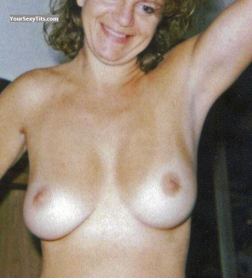 Tit Flash: Medium Tits - Bonnie from United States