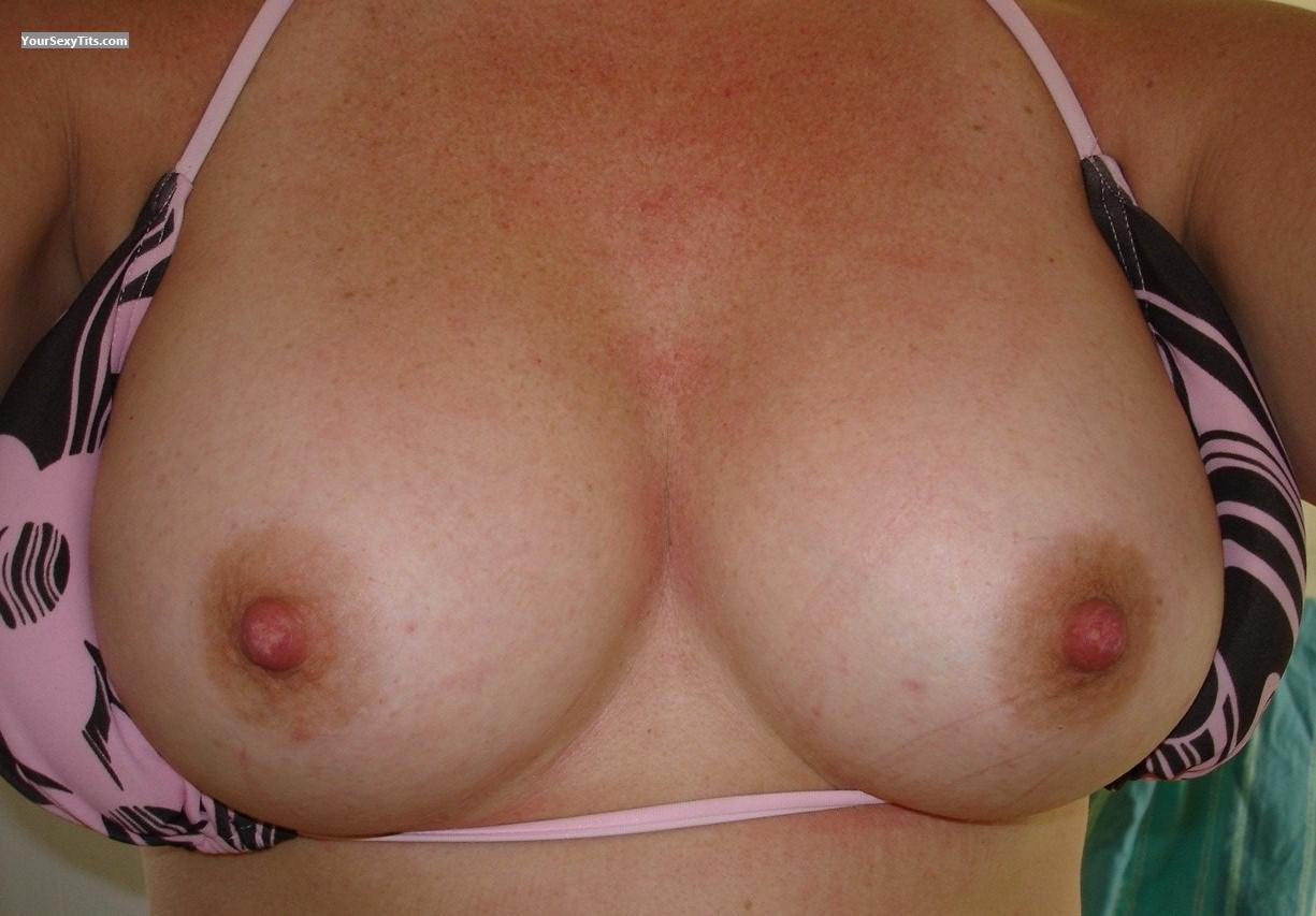 Tit Flash: My Medium Tits (Selfie) - Soccer Mom from United States