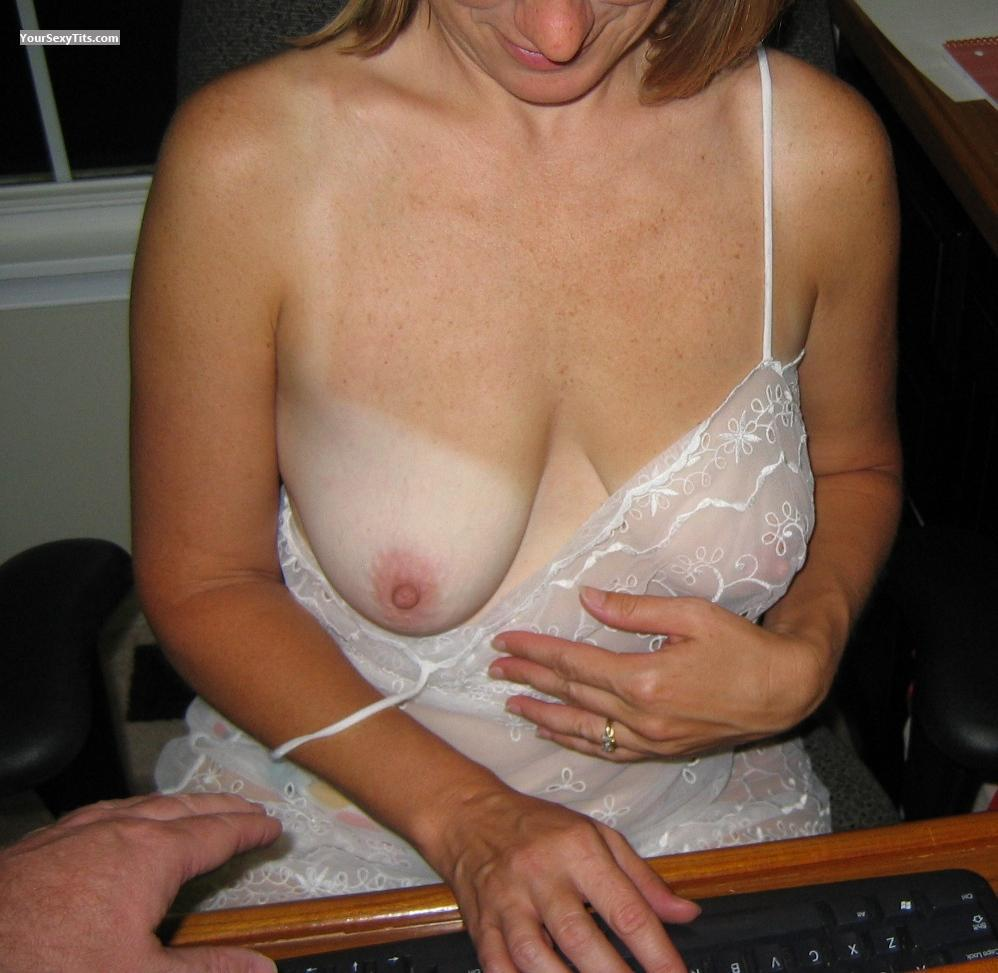 Medium Tits Hot4u212