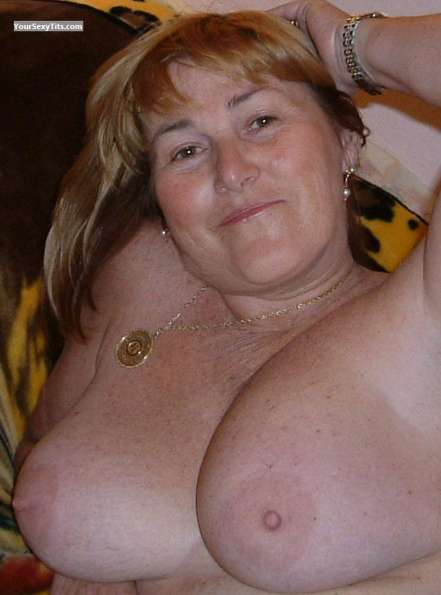 Medium Tits Topless M