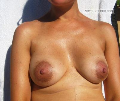 Medium Tits Of My Wife Bathbabe