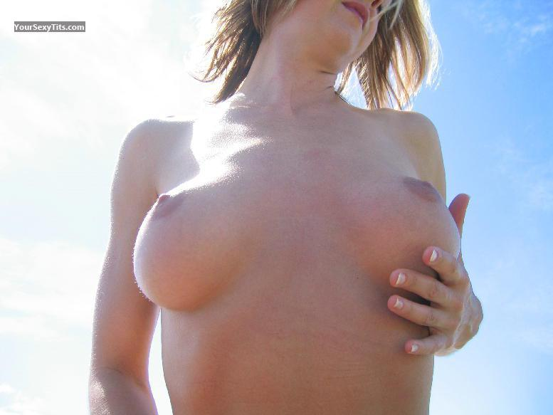 Medium Tits Of My Girlfriend Jennifer